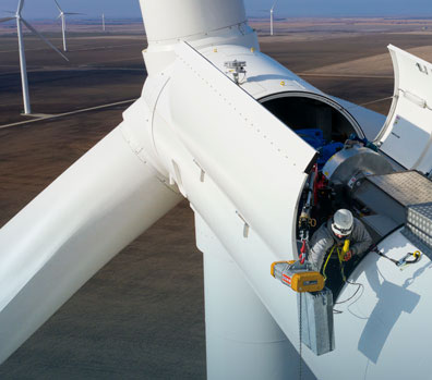 wind turbine in process of decommissioning