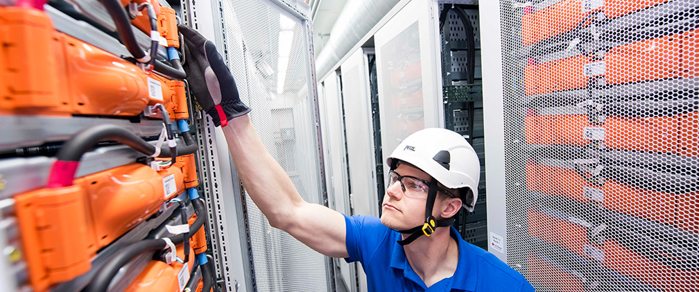 NextEra Energy Resources employee working Energy Storage System