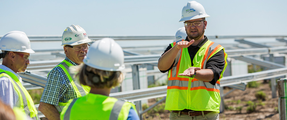 NextEra Energy Resources engineers at Stuttgart Solar Energy Center , AR
